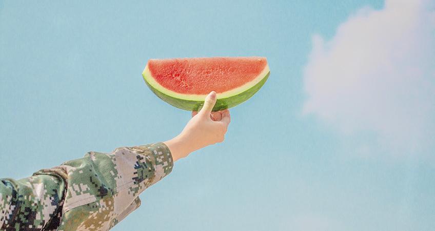 El verano, magnífica estación para tomar frutas sabrosas
